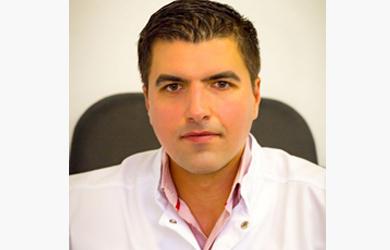 Dr. Razvan Scaunasu